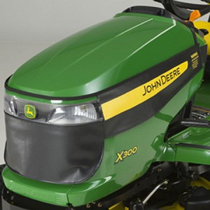 John Deere Winter Grille Cover - AM145350