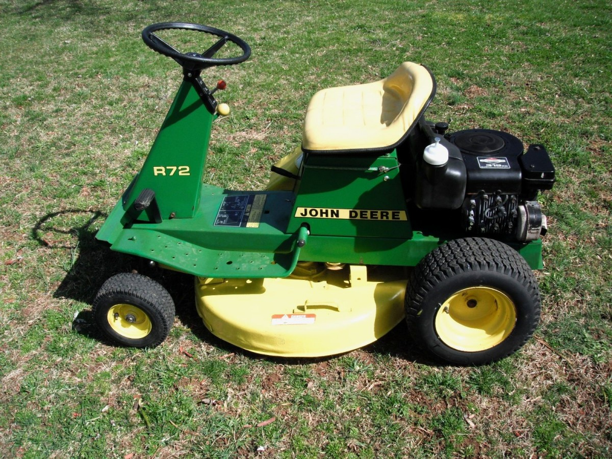 JOHN DEERE LAWN TRACTOR HISTORY: THE 1980'S | Double A