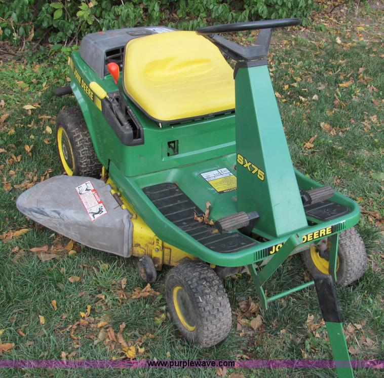 John Deere SX75 lawn mower | Item E5663 | SOLD! Wednesday ...