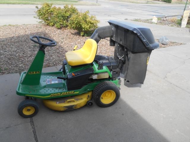 John Deere SX85 Riding Lawnmower - Nex-Tech Classifieds