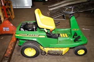 Ride on lawnmower - John Deere model SX85 13hp 4 stroke ...