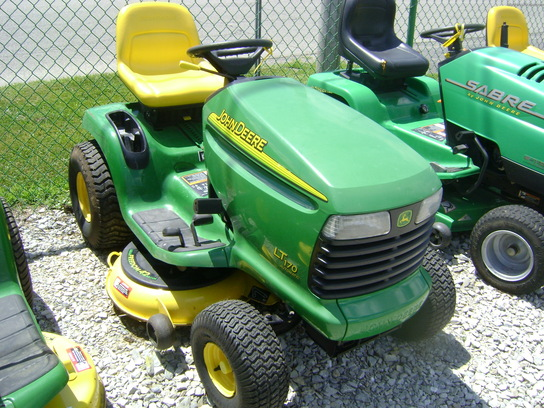 2002 John Deere LT170 Lawn & Garden and Commercial Mowing ...