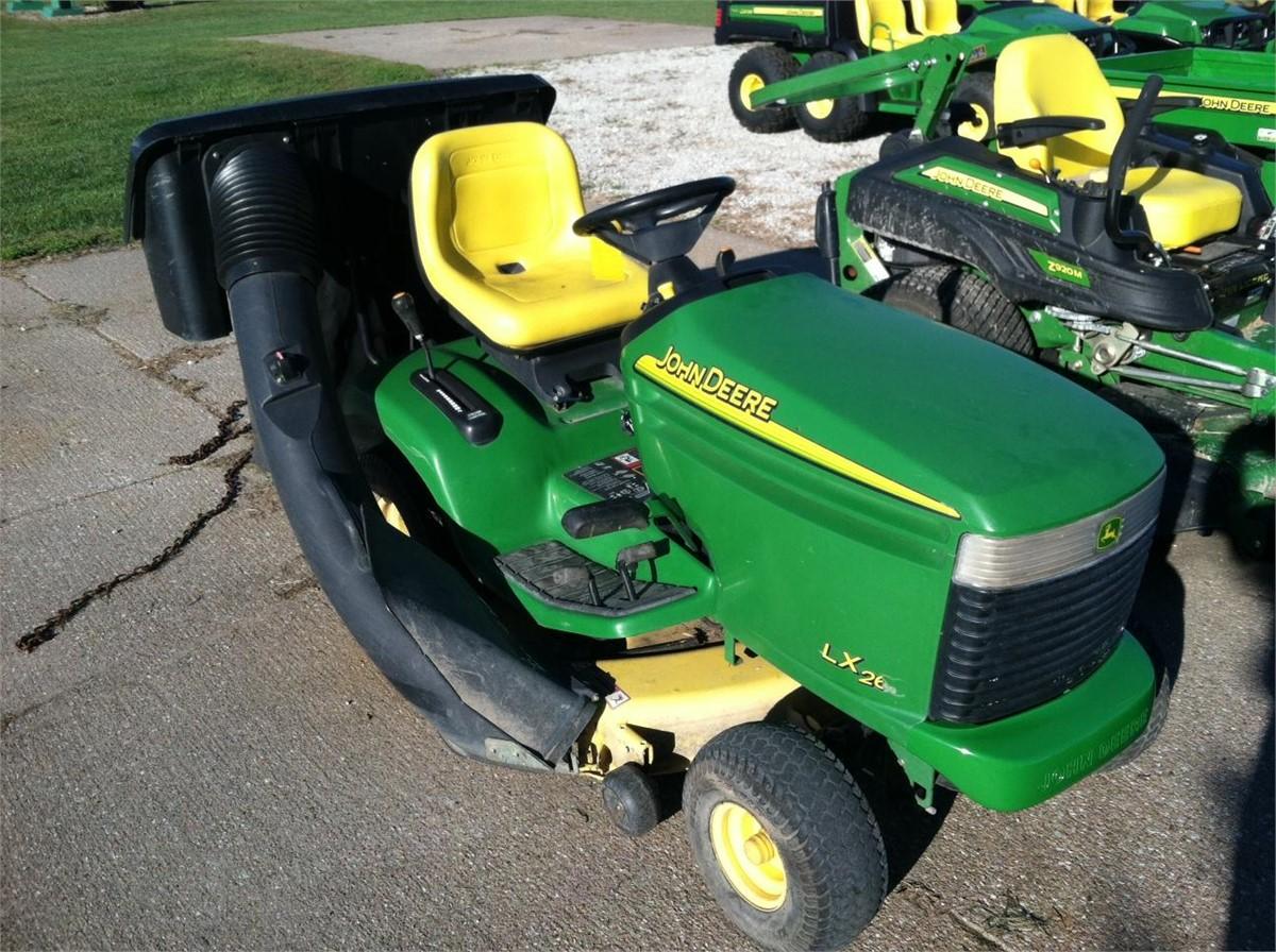 2002 JOHN DEERE LX266 Other Equipment - Riding Lawn Mowers ...
