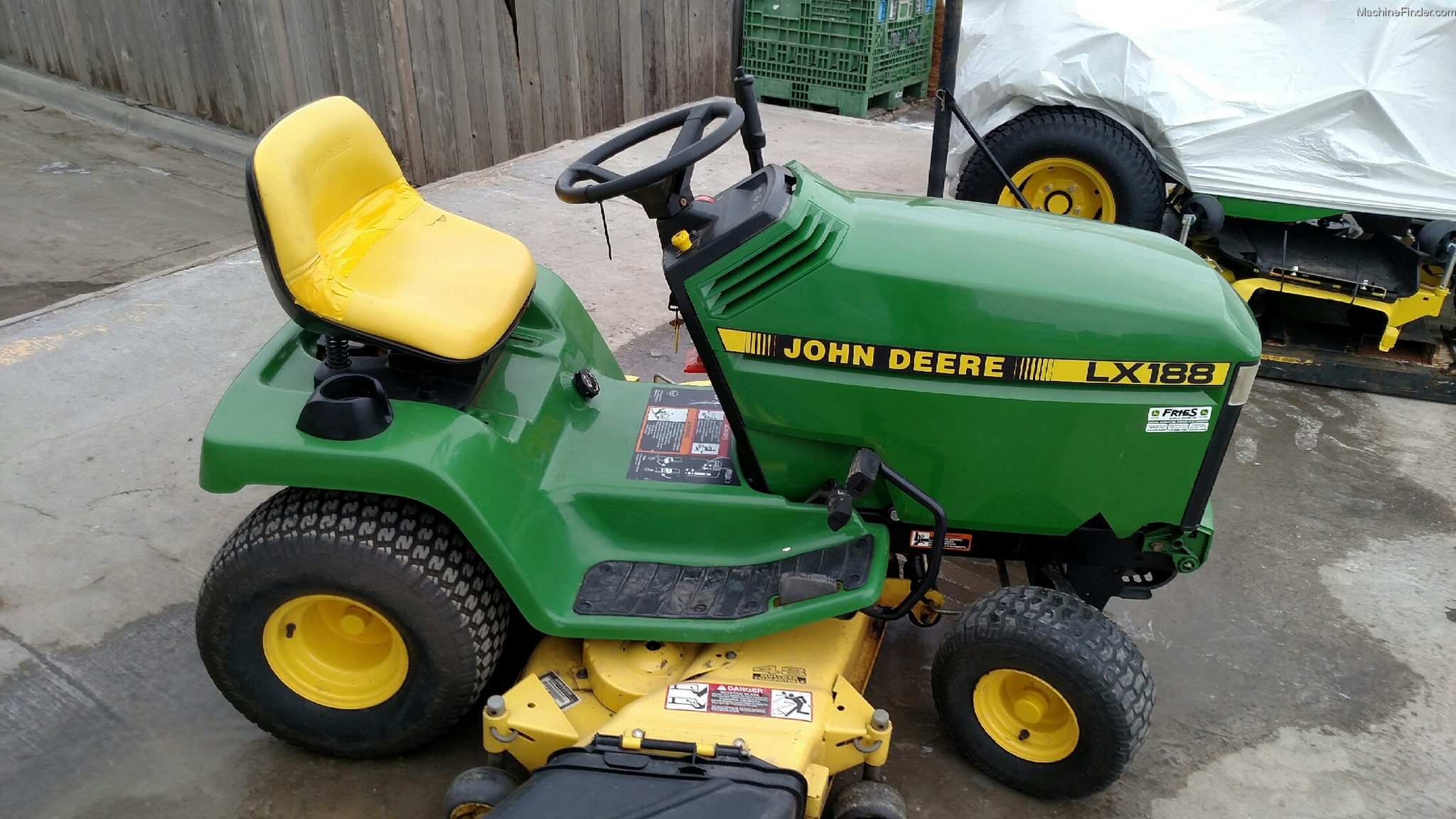 1995 John Deere LX188 Lawn & Garden and Commercial Mowing ...