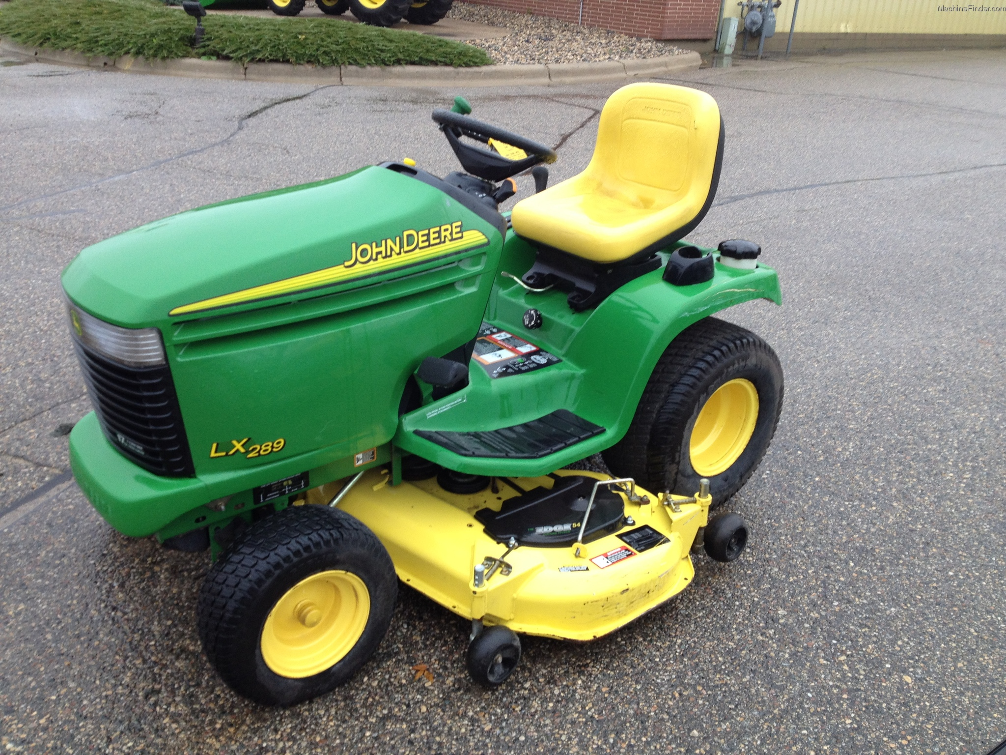 2005 John Deere LX289 Lawn & Garden and Commercial Mowing ...