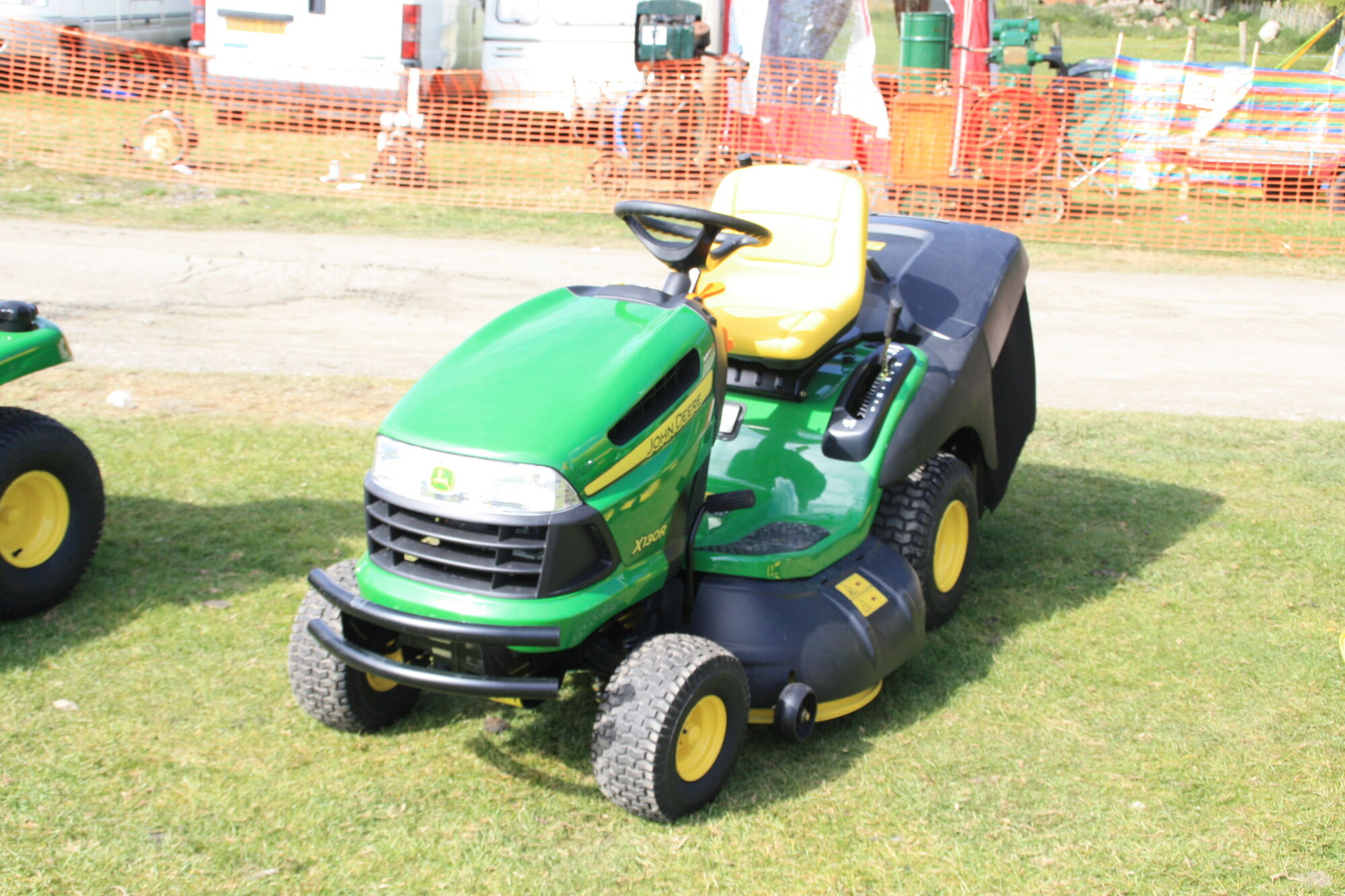 John Deere X130R | Tractor & Construction Plant Wiki ...