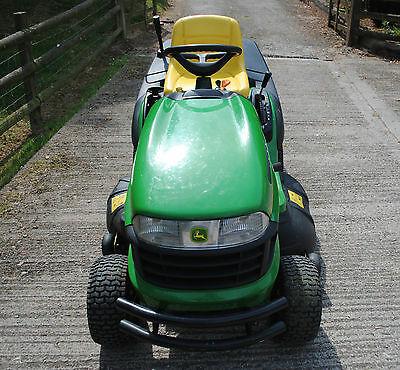 JOHN DEERE X130R Sit on Mower - £1,500.00 | PicClick UK
