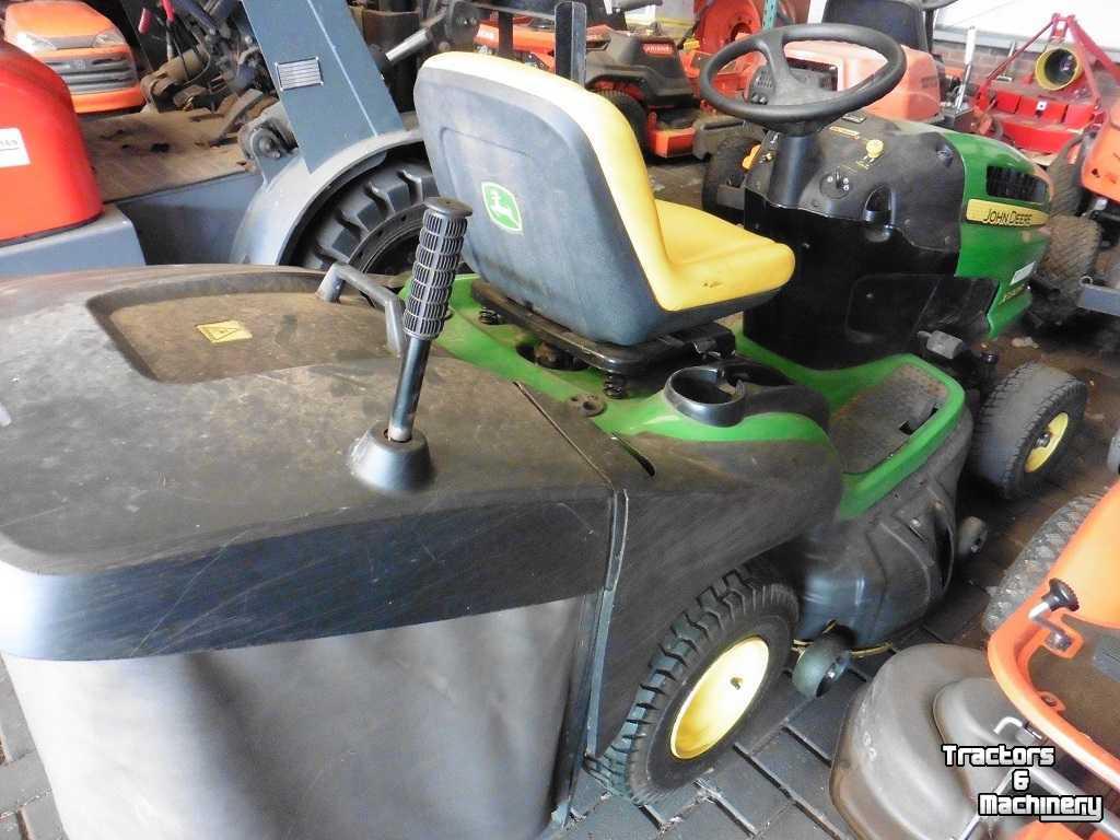 John Deere X130R Zitmaaier Riding Garden Mower - Used ...