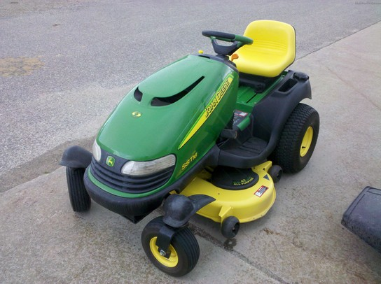 2001 John Deere SST16 Lawn & Garden and Commercial Mowing ...