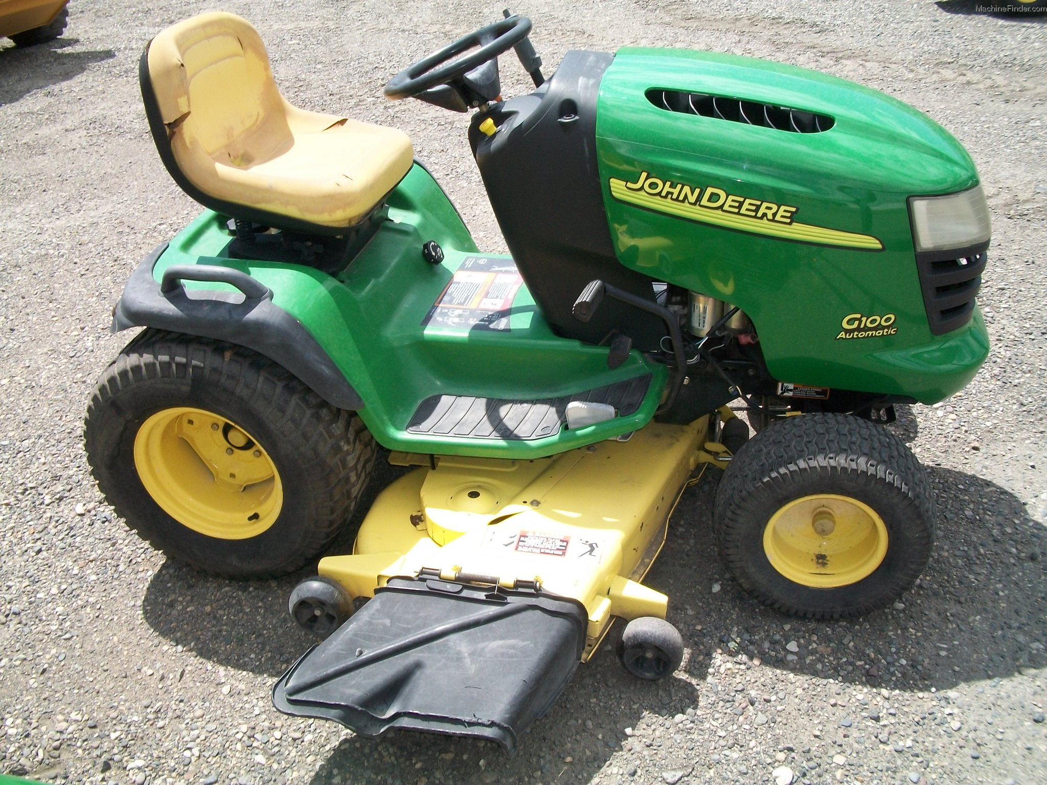 2004 John Deere G100 Lawn & Garden and Commercial Mowing ...