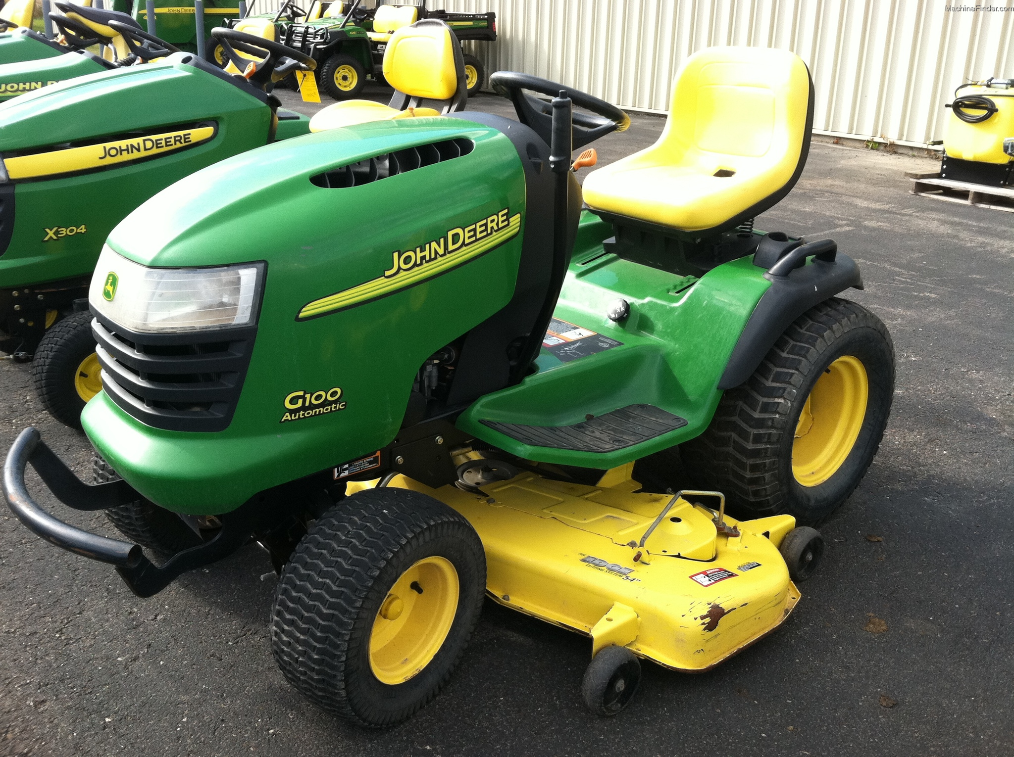 2003 John Deere G100 Lawn & Garden and Commercial Mowing ...