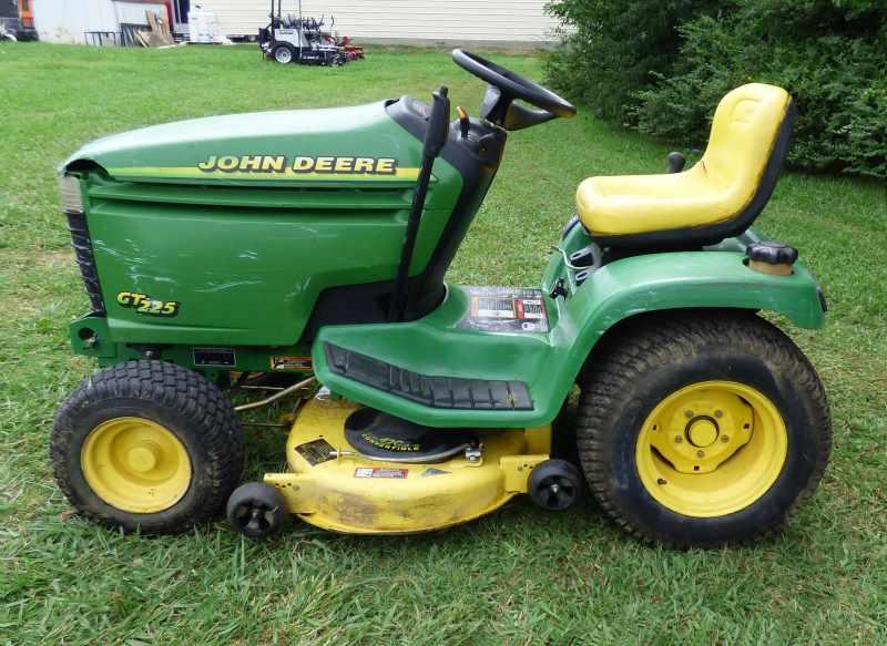 Used John Deere GT225 40