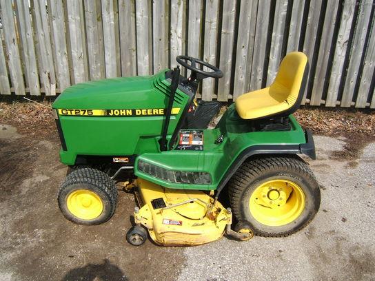 John Deere GT275 W/48