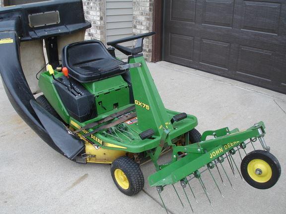 John Deere GX75 - Year: 1996 - Lawn mowers - ID: D06E1F3E ...