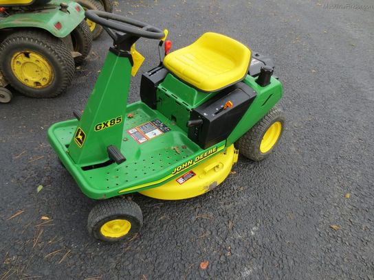 2003 John Deere GX85 Lawn & Garden and Commercial Mowing ...