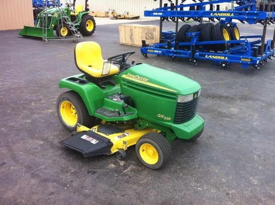 2003 John Deere GX335 Lawn & Garden and Commercial Mowing ...