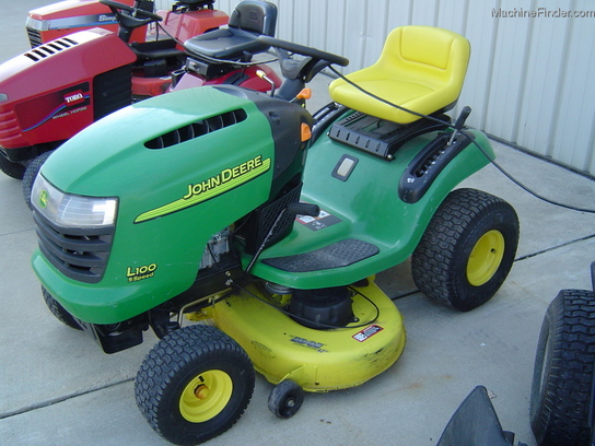 2003 John Deere L100 Lawn & Garden and Commercial Mowing ...