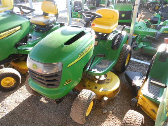 2004 John Deere L111 Lawn & Garden and Commercial Mowing ...