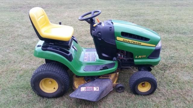 John Deere La125 Riding Lawn Mower - Nex-Tech Classifieds