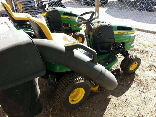 2008 John Deere LA125 Lawn & Garden and Commercial Mowing ...