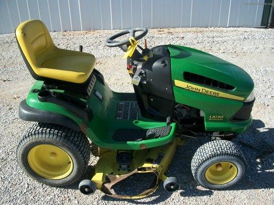 2007 John Deere LA130 Lawn & Garden and Commercial Mowing ...