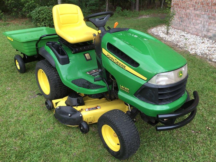 John Deere LA130 Riding Mower and Yard Cart   Lawn ...