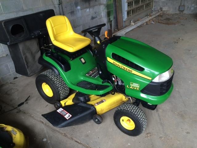 John Deere LA145 Lawn & Garden Tractors for Sale | [57680]