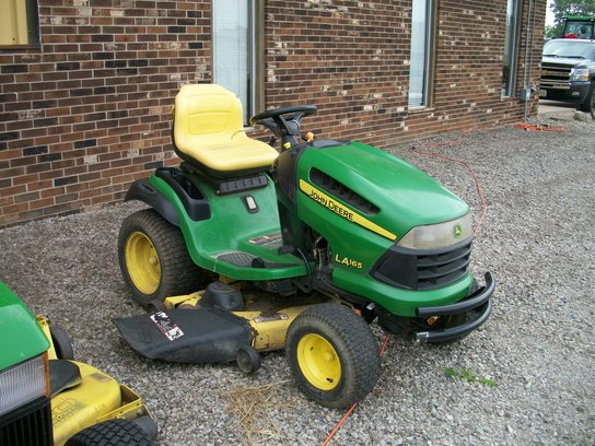 2008 John Deere LA165 Lawn & Garden and Commercial Mowing ...