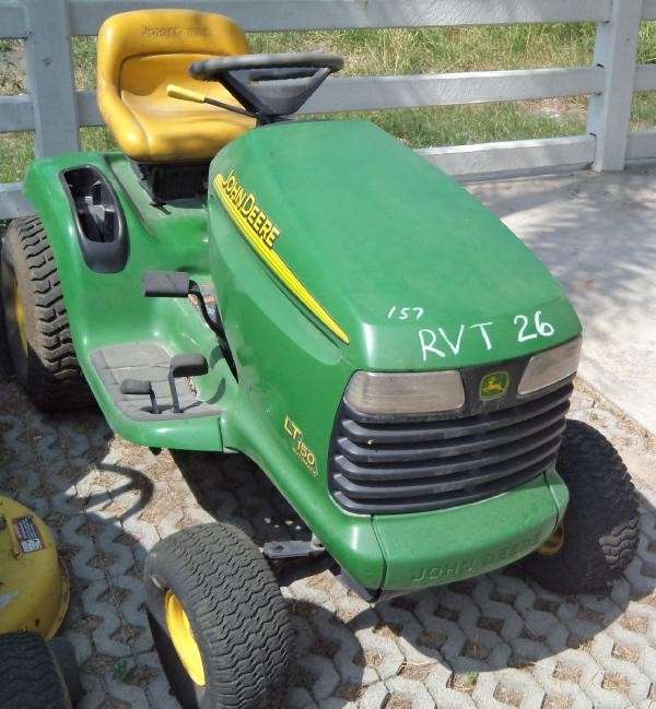 Used John Deere LT150 riding mowers Year: 2002 Price ...