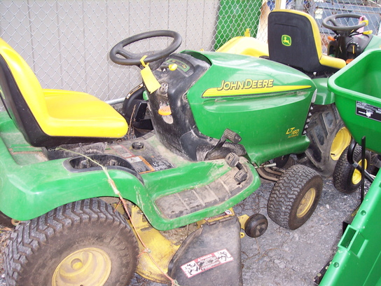 John Deere LT160 Lawn & Garden and Commercial Mowing ...