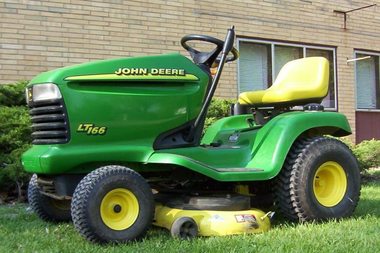 John Deere LT166 LTR166 16hp Briggs