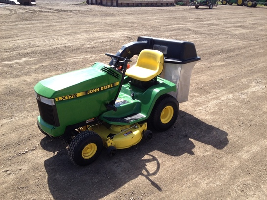 1991 John Deere LX172 Lawn & Garden and Commercial Mowing ...