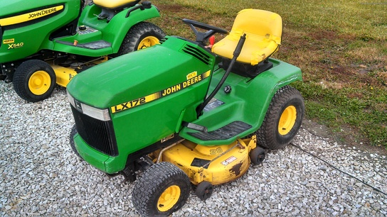 1992 John Deere LX172 Lawn & Garden and Commercial Mowing ...