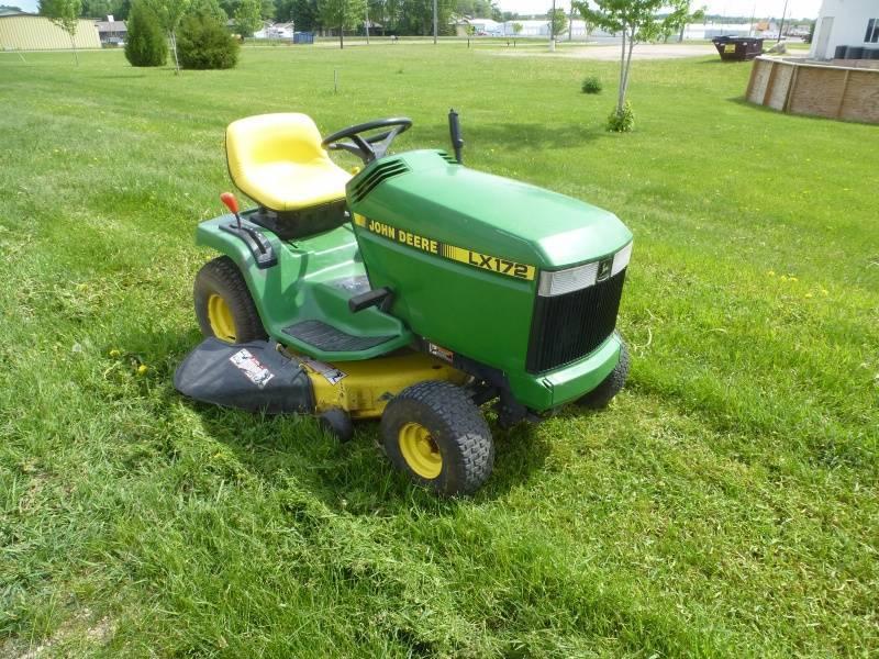 John Deere LX172 Lawn Tractor | NCS RVs, Autos & Equipment ...