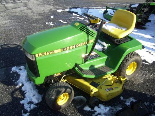 1998 John Deere LX173 Lawn & Garden and Commercial Mowing ...