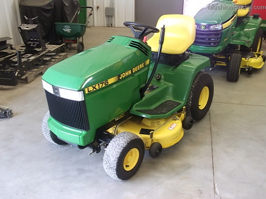1992 John Deere LX176 Lawn & Garden and Commercial Mowing ...