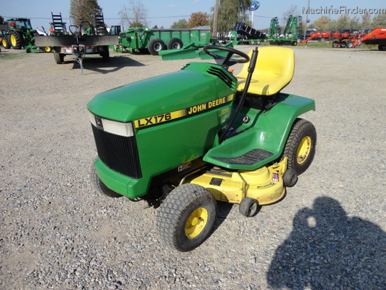 John Deere LX176 Lawn & Garden and Commercial Mowing ...