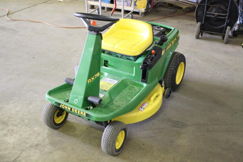 LOT #22 - JOHN DEERE RX75 RIDING LAWN MOWER S/N #X609958
