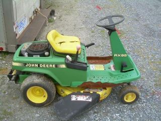 Snapper 8HP 28 Rear Engine Riding Mower