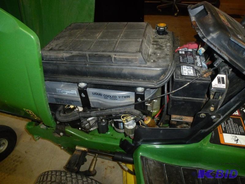 John Deere 345 Lawn Tractor: Has 27 hp ...   NCS 05 ...