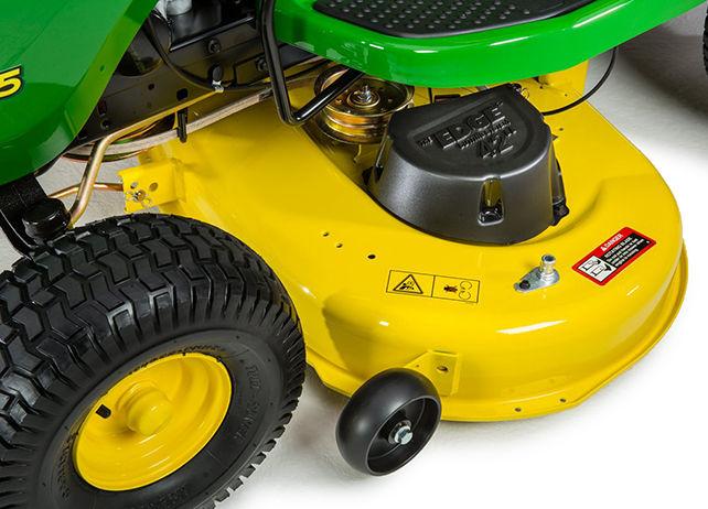 Lawn Tractor | D105 Series | 17.5 HP | John Deere US