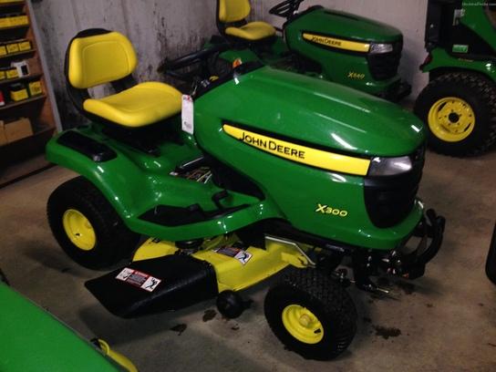 John Deere X300 - Year: 2010 - Lawn mowers - ID: FF220E0D ...