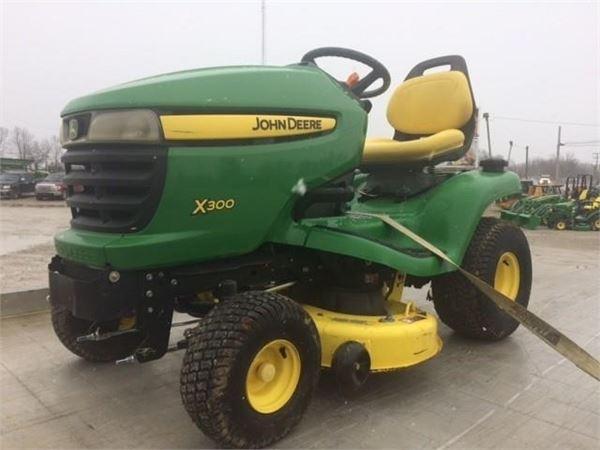 John Deere X300 - Year: 2008 - Lawn mowers - ID: 94E648F2 ...