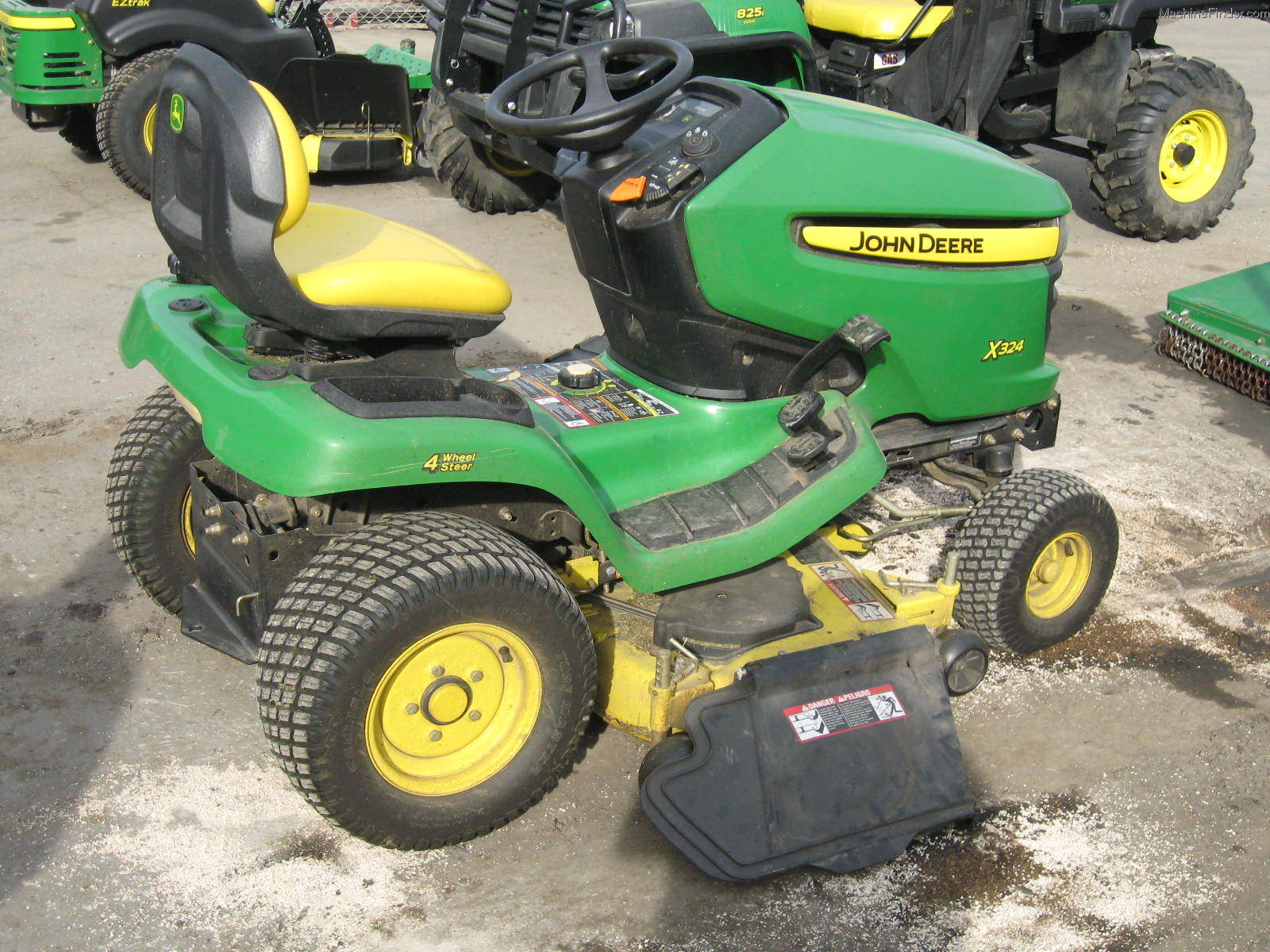 2006 John Deere X324 Lawn & Garden and Commercial Mowing ...