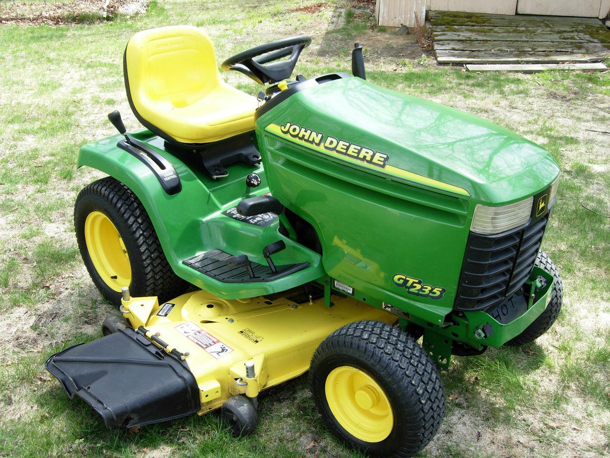 John Deere GT 235 Garden Tractor 54 Deck 18 HP Briggs ...