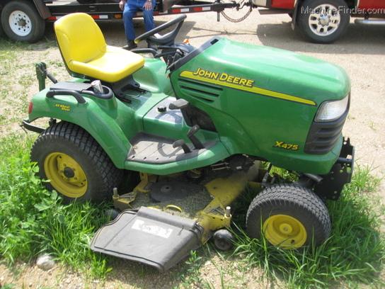 2004 John Deere X475