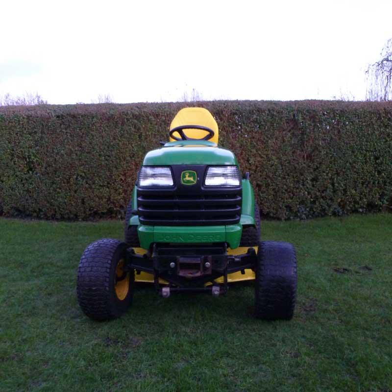 (௭) 2004 John Deere X495 Garden Tractor With 48