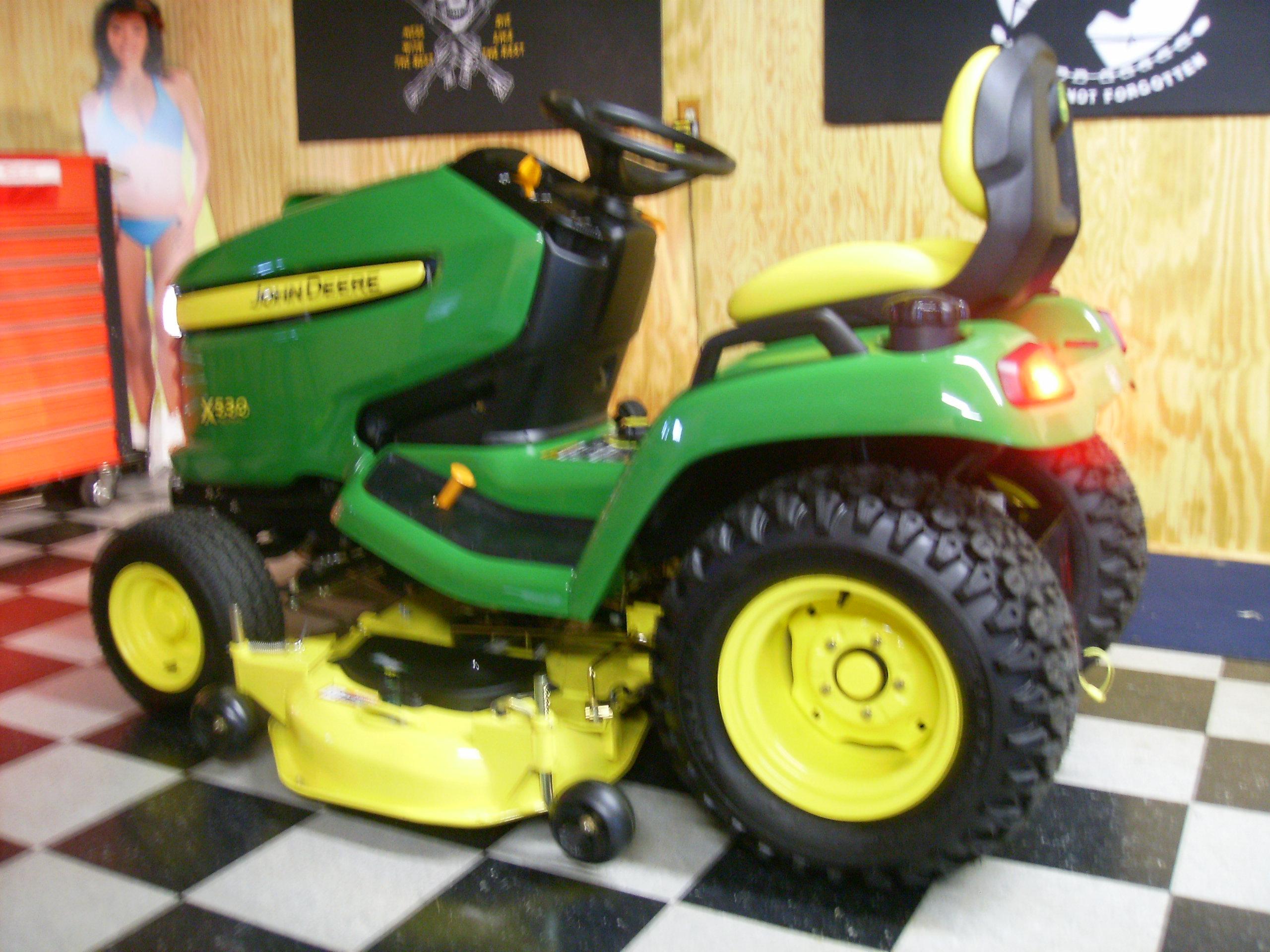 John Deere 530 Photo Gallery - TractorByNet.com