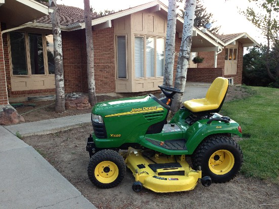John Deere X585 Review by Mike - TractorByNet.com