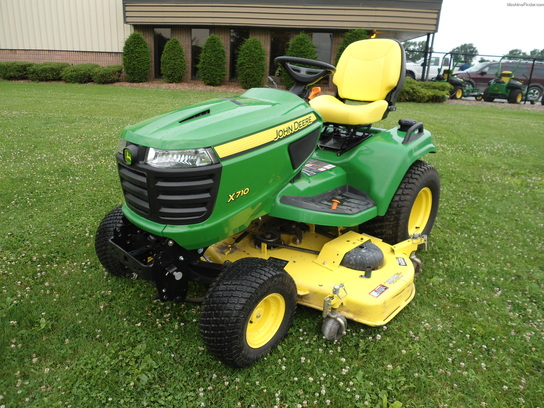 2013 John Deere X710 Lawn & Garden and Commercial Mowing ...